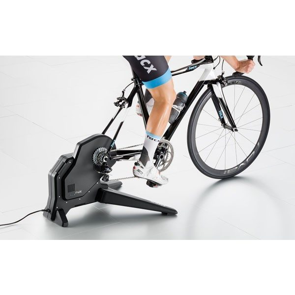 home trainer tacx flux smart t2900. Black Bedroom Furniture Sets. Home Design Ideas